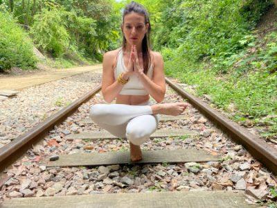Julia Yoga